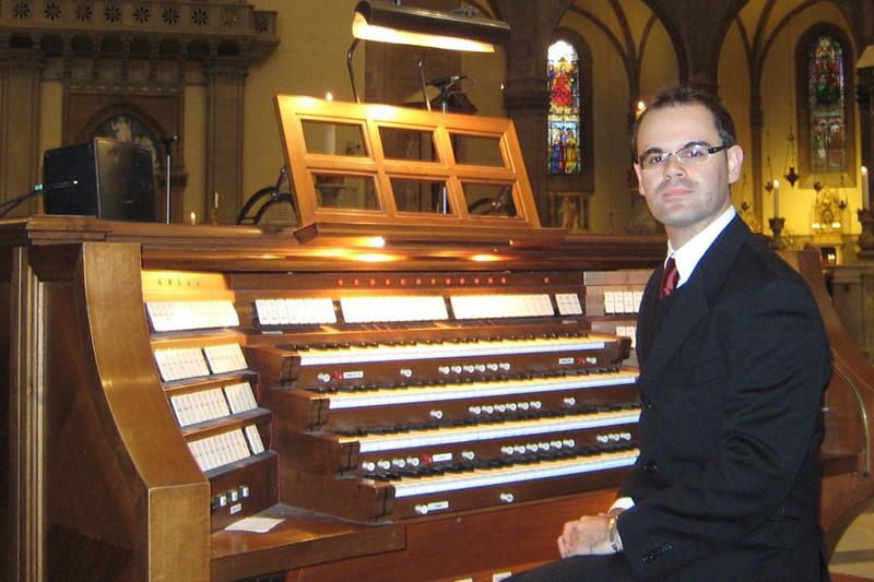 Daniele Dori organiste